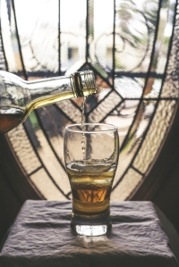 220. Sherry and Ice - Pouring